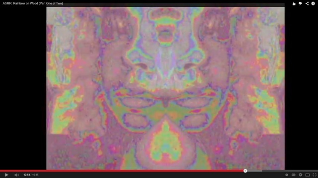 screenshot-reflection-rainbow-on-wood