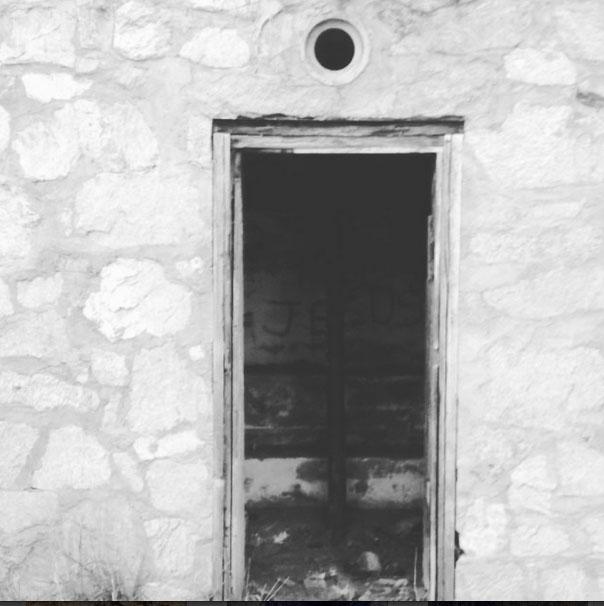 instagram-hollow